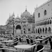 Italy. Venice St. Marco Square early in the morning — Stock Photo