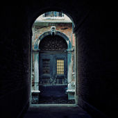 Italy. Venice Archway to the daylight — Stock Photo