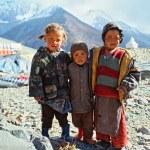 Himalaya. Tibet. Spiti Valley. Road to Kaza. Himalayan children. — Stock Photo