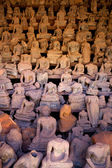 "In a converted portico at Wat Si Saket is a sort of ""Buddha bin"" of hundreds of broken images discovered during excavations — Stok fotoğraf"