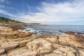 Rocky Ocean Shore — Стоковое фото
