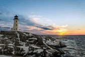 Peggys Cove's Lighthouse at Sunset — Stock Photo