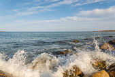 Rocky Ocean Shore — Stock Photo