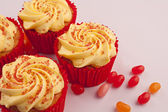 Rhubarb cupcakes with jelly beans — Stock fotografie