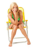 Swimsuit: Pretty Woman Looks to Camera — Stockfoto