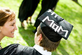 Graduation: Student With Funny Statement on Hat — Stock Photo