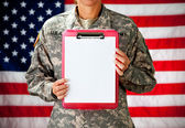 Soldier: Clipboard with Blank Paper — Stock Photo