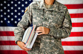 Soldier: Going Back to School — Stock Photo
