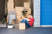 Storage: Taking a Break From Lifting — Stock Photo