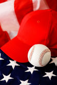 Baseball: Baseball Cap and Ball — Stock Photo