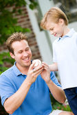 Summer: Dad Teaches Boy About Pitching — Stock Photo