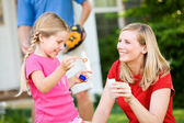 Summer: Blowing Bubbles with Mom — Stock Photo