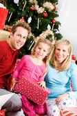 Christmas: Family Christmas Morning Portrait — Stock Photo
