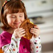 Kitchen Girl: Ready to Eat Grilled Cheese — Foto Stock