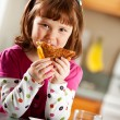 Kitchen Girl: Having Healthy Lunch — Stock Photo