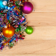 Christmas: Garland and Ornament Background — Zdjęcie stockowe