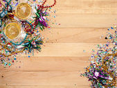 New Year's: Confetti with Champagne To Celebrate — Stock Photo