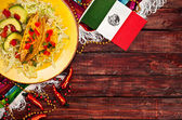 Background: Mexican Flag and Tacos to Celebrate Cinco De Mayo — Zdjęcie stockowe