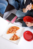 Students: Taking A Study Break For Pizza — Stock Photo