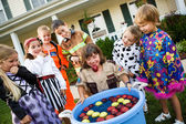 Halloween: Bobbing for Apple Game — Foto de Stock