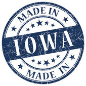Made in Iowa blue round grunge isolated stamp — Foto Stock