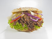 Döner Kebab mi Salat — Stock Photo