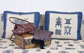 Suitcase and handbag — Stock Photo