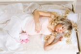 Vackra gravid kvinna — Stockfoto