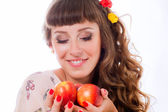 Girl with peaches — Stock Photo