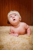 Bebê de 3 meses, deitado de bruços — Fotografia Stock