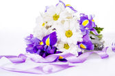 Purple irises and white daisies — Stock Photo