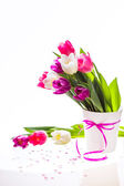 Colorful bouquet of fresh spring tulip flowers in vase — Stock Photo