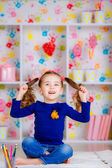 Little girl have fun — Stock Photo