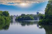 London st james park, londra tarafından görünüm — Stok fotoğraf