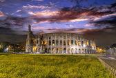Beautiful view of Colosseum by night — Zdjęcie stockowe