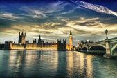 Vacker utsikt över westminster nattetid — Stockfoto