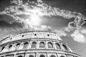 Beautiful sky above colosseum in Rome — Stock Photo