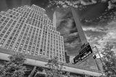 небоскребы в нью-йорке. — Стоковое фото