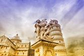 Der Kathedrale und dem Schiefen Turm in pisa — Stockfoto