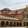 Sideview of the North Facade of the Stanford Memorial Church at Palo Alto in California (USA) — Stock Photo