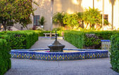Fountain in Alcazar Garden at Balboa park, San Diego — Stock Photo