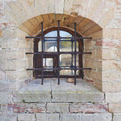 Old brick castle's wall fragment — Stock Photo
