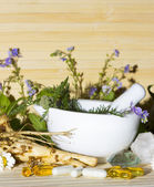 Natural herbal remedies and supplements — Stock Photo