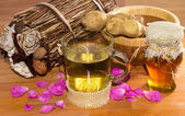 Fresh healthy herbal infusion with root ginger and honey — Stock Photo
