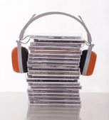 Cds and headphones — Stock Photo