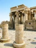 Temple of Kom Ombo, Egypt: column hall — Stock Photo