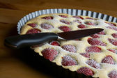 Uncut strawberry pie — Stock Photo