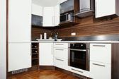 Nowoczesna kuchnia wnętrz — Zdjęcie stockowe
