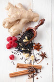 Dry tea leaves with raspberry and spice — Стоковое фото