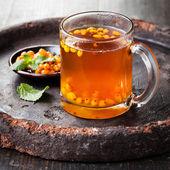 Tee mit sanddorn — Stockfoto